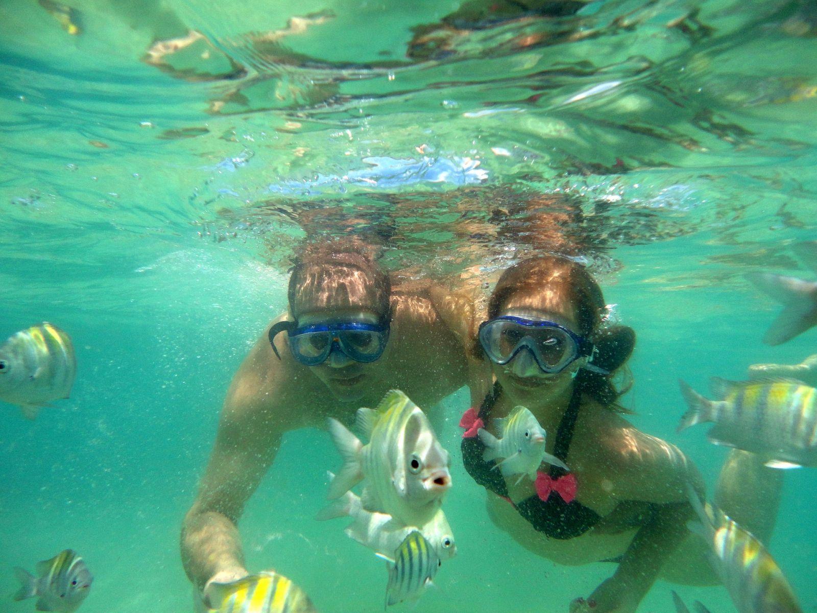 Samen snorkelen op vakantie